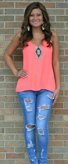 Love that neon top!<3