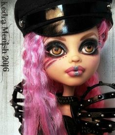 **VANITY** An OOAK Monster High Howleen Wolf Glam Rock Makeover Repaint Doll #MonsterHigh #Dolls