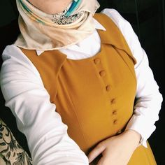 Find images and videos on We Heart It - the app to get lost in what you love. Modern Hijab Fashion, Modesty Fashion, Hijab Fashion Inspiration, Islamic Fashion, Abaya Fashion, Muslim Fashion, Fashion Outfits, Hijab Dress Party, Hijab Style Dress