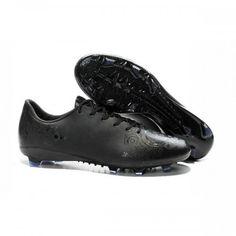 wholesale dealer cbbf2 96f54 Conéue pour souligner la vitesse de tes foulées, cette chaussure de football  adidas f50 trx
