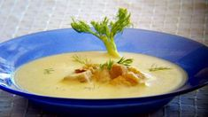 Cheeseburger Chowder, Thai Red Curry, Cantaloupe, Soup, Fruit, Ethnic Recipes, Soups