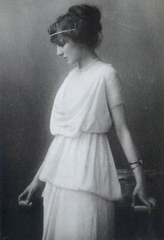Vintage Madeline Vionnet bias cut silk chiffon gown...so feminine!!!