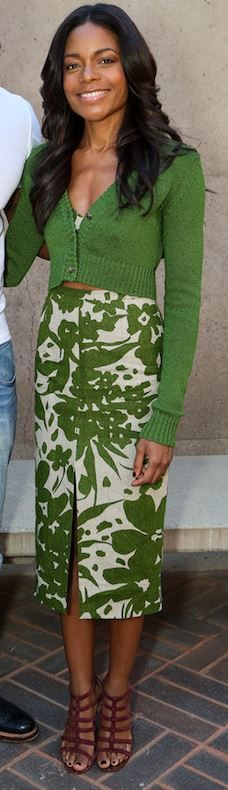 Who made Naomie Harris' green leaf print skirt and cardigan sweater that she wore in Palm Springs on January 5, 2013?