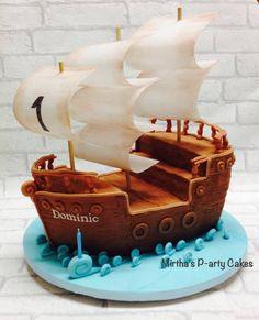 Pirate ship cake – Cake by Mirtha's P-arty Cakes – CakesDecor Piratenschiff-Torte – Torte von Mirtha's P-arty Cakes – CakesDecor Pirate Boat Cake, Pirate Birthday Cake, Pirate Ship Cakes, 5th Birthday, Bolo Jake, Jake Cake, Nautical Cake, Cakes For Boys, Cupcake Cakes