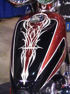 Motorcycle Tank Pinstriping | bike52