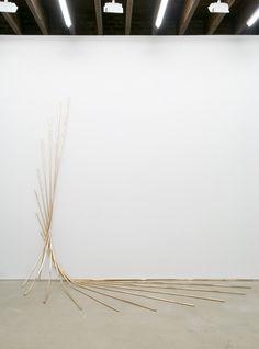 Alicja Kwade . time reversal process, 2012