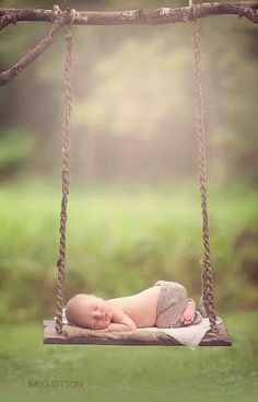 Absolutely adorable newborn pose!
