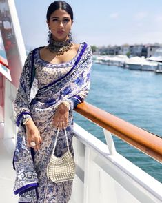 Indian Look, Dress Indian Style, Indian Dresses, Indian Wedding Outfits, Pakistani Outfits, Indian Outfits, Emo Outfits, Indian Clothes, Mode Bollywood