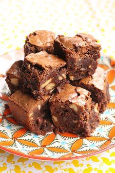 Brownies d'anniversaire de Nigella. Nigella Lawson's birthday brownies.