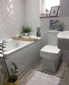 Small Bathroom Floor Plans, Small Bathroom Paint, Small Bathroom Interior, Tiny Bathrooms, Bathroom Design Small, Bathroom Layout, Master Bathroom, Budget Bathroom, Modern Bathroom