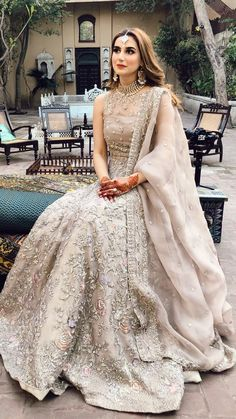 Asian Wedding Dress, Pakistani Wedding Outfits, Pakistani Bridal Dresses, Pakistani Wedding Dresses, Pakistani Dress Design, Bridal Outfits, Bridal Lehenga, Indian Dresses, Indian Outfits