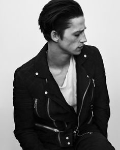FC Ash Stymest)) Hi I'm Labrinth it suites me because im almost impossible to get but anyway i control fire and i kinda have super quick reflexes. Um i'm 20 and sent here by my drunk a$$ dad after my mom died