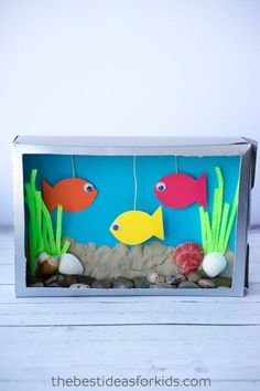 This Cereal Box Aquarium craft is fun for kids to create! It's an easy cereal box craft that you kids will love creating and then displaying after you're done! Craft Activities For Kids, Preschool Crafts, Projects For Kids, Project Ideas, Spanish Activities, Vocabulary Activities, Learning Spanish, Craft Ideas, Crafts For Girls