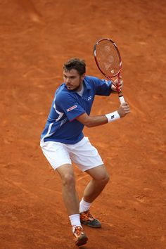 Stanislas Wawrinka (VCORE Tour 97)  http://yonexusa.com/sports/tennis/products/tennis/racquets/vcore-series/vcore-tour-97/