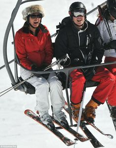 female celebrities skiing - Google Search