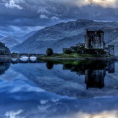 Eilean Donan Castle, in Loch Duich Scotland