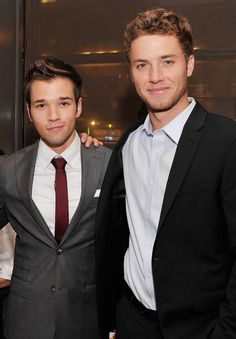 Nathan Kress and Jeremy Sumpter. Nathan is sooo HOTugh Beautiful Men Faces, Most Beautiful Man, Jeremy Sumpter Peter Pan, Nathan Kress, Bad Boy Aesthetic, Bae, Cute Actors, Attractive People, Cute Guys