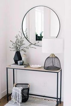 : Entryway Ideas: Declutter Your Front Entry. minimalistentryway declutter mini Entryway Ideas: Declutter Your Front Entry. Modern Bedroom Decor, Living Room Modern, Living Room Designs, Living Room Decor, Small Living, Modern Decor, Living Rooms, Bedroom Ideas, Modern Design