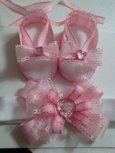 handmade baby girl sandals and headband set by ZVsCreAtions, $15.00