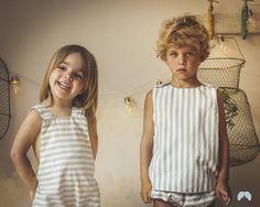 Domingo finiquitado de un finde intenso! Esperamos q lo hayáis exprimido a tope! Con esta foto de Narelle y Marco bien conjuntados os damos las buenas noches!  #tenlittlewings #modainfantil #kids #modainfantil #kidsoninstagram