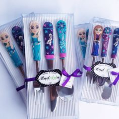Frozen cutlery sets are very popular :) Polymer Clay Cake, Fimo Clay, Polymer Clay Crafts, Cutlery Gifts, Flatware Set, Birthday Gifts For Girls, Gifts For Kids, Gifts For Her, Clay Pen