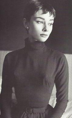 Cecil Beaton- Audrey Hepburn, 1954