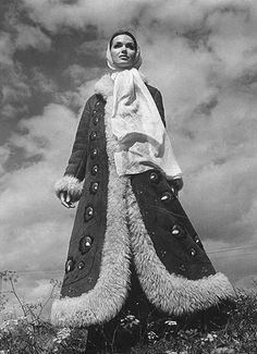 Grażyna Hase Folklore, Raincoat, Victorian, Polish, Inspiration, Beautiful, Vintage, Sewing, Fashion