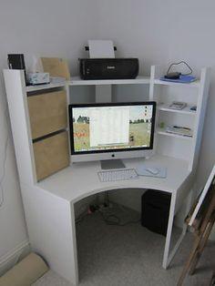 I like the corner desk!
