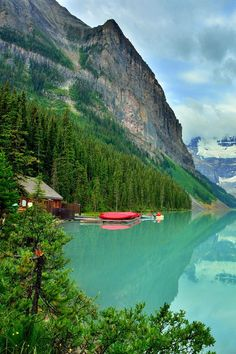 Lake Louise, Banff Canada this is just one tad of a look at Lake Louise. it's it fab drive from Northern California, through Oregon, Washington & Canada. Places Around The World, Oh The Places You'll Go, Places To Travel, Places To Visit, Around The Worlds, Dream Vacations, Vacation Spots, Lac Louise, Beautiful World