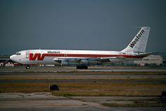Western Airlines, Boeing 720B