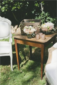 rustic side table decor #rustic #decoranddetails #weddingchicks http://www.weddingchicks.com/2014/03/21/pretty-peach-wedding/