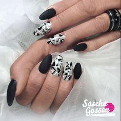 CND™ SHELLAC™ Black Pool and City Scape, with handpainting.  #mattenails #cnd #blacknails #nail #nails #nailpro #nailart #black #naildesign #instanails #inspiration #cndshellac #cndworld #cndnederland #cndeducationambassador #nails2inspire #nailswag #nailstagram  @cndnederland @cndworld