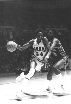 Walter Jordan (SF) Purdue Basketball, Basketball History, Purdue University, Knee Injury, Boiler, Athletes, Sports, Vintage, Black