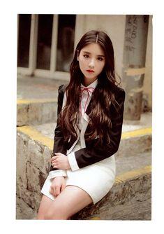 jeon heejin uploaded by ♡'s j jung on We Heart It Kpop Girl Groups, Korean Girl Groups, Kpop Girls, Your Girl, My Girl, Beautiful Asian Girls, South Korean Girls, Girl Photos, Asian Beauty