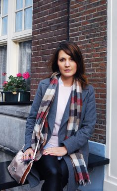 Pink and tartan in Amsterdam more on the blog www.lauracassani.com