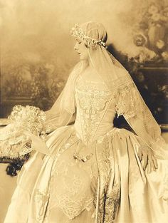 Les Noces (The Wedding).  The ballet was premiered on June 13, 1923 at the Théâtre de la Gaîté in Paris by the Ballets Russes with choreography by Bronislava Nijinska. The instrumental ensemble (four pianos and percussion) was conducted by Ernest Ansermet.