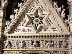 Orsanmichele Chiesa e Museo - Firenze - particolare del tabernacolo di Orcagna