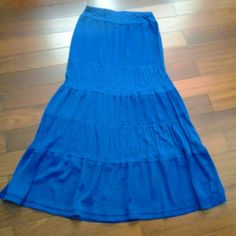 Blue maxi skirt Like new long soft blue maxi skirt New York & Company Skirts Maxi