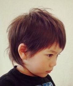 今回は、男の子向けのキッズショートヘアスタイルを紹介していきます^^ 定番のショートから、人気の…