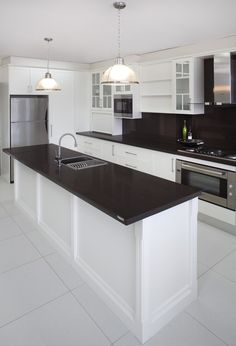 houzz white kitchen cabinets caesarstone rice 4360 with ogee edge large island 4360