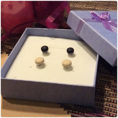 Shipped to Norman, United States!  www.biesge.etsy.com  #black #beige #studearrings #earrings #earstuds #etsy #biesge #shopping #norman #ok #unitedstates #picoftheday #pics #photo #love #lovethem #eomen #men #bestoftheday #best #stylish #trendy #summer #holiday #accessories #jewelry