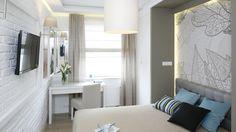 Jak fajnie urządzić małą i wąską sypialnię w bloku? 10 projektów z polskich domów - Dom