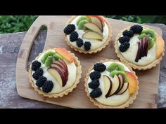 You will LOVE my fruit tart recipe! Few things are more delicious than a classic fresh fruit tart; creamy custard filling surrounded by a crisp sweet pastr. Tart Recipes, Greek Recipes, Dessert Recipes, Cooking Recipes, Desserts, Fresh Fruit Tart, Pastry Shells, Best Pie, Custard Filling
