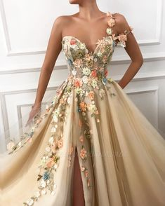 Luxury Floral A-Line Prom Dress,A-Line Sweetheart Evening Dress,Prom Party Dress with Side Slit Luxus Floral A-Line Prom Kleid, A-Line Sweetheart Abendkleid, Prom Party Kleid mit [. Tulle Prom Dress, Prom Party Dresses, Ball Dresses, Occasion Dresses, Prom Outfits, Party Gowns, Cool Prom Dresses, Color Wedding Dresses, Vintage Prom Dresses