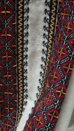 Bohemian Rug, Cross Stitch, Costumes, Rugs, Blouse, Folklore, Embroidery, Crossstitch, Blouse Band