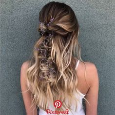"""You & Your Wedding on Instagram: """"Relaxed half up do #rg @heatherchapmanhair""""   You & Your Wedding on Instagram: """"Relaxed half up do #rg @heatherchapmanhair"""""""