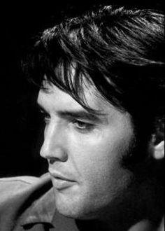 Elvis - 1968 NBC Studios June 27th (Blue shirt) Camera Rehearsal   June 27 1968  NBC Studio Studio 4 - Burbank, California  Warm Up Rehearsal 3.00pm-5.30pm    Producer : Steve Binder,  Engineer : Bones Howe,  Guitar : Elvis Presley, Guitar : Scotty Moore,  Guitar : Charlie Hodge,  Percussion : D.J. Fontana,  Percussion : Alan Fortas,  Tambourine : Lance LeGault