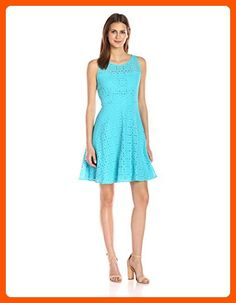 Nine West Women's Fit and Flare Medallion Lace Dress with Yoke, Ice Blue, 6 - All about women (*Amazon Partner-Link)
