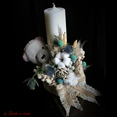 #lumanare #botez #baiat #ursulet #baptism #christening #candle #madewithjoy #paulamoldovan #flowers #events #livadacuvisini #flori #dulciuri #evenimente #bucuresti #nofilter #photo Diy Flowers, Flower Decorations, Homecoming Corsage, Baptism Candle, Anniversary Decorations, Handmade Candles, Baby Party, Craft Tutorials, Baby Boy Shower