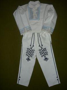 Detská krojová košeľa a šnúrkované nohavice 2 Sweatpants, Fashion, Moda, Fashion Styles, Fashion Illustrations